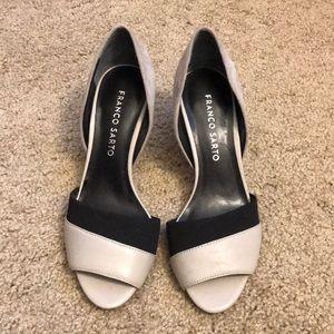NWT Franco sarto suede heels size 5.5